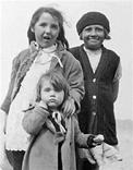 3 wee girls, West Calder, 1920s